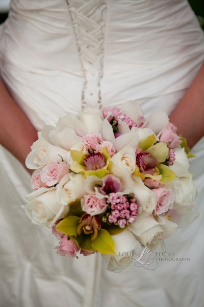 image of the brides bouquet at the Westin Resort, on St. John Virgin Islands