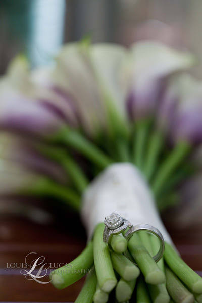 Image of wedding bouquet and rings